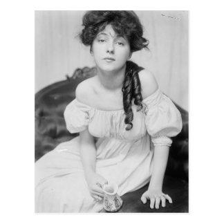 Evelyn Nesbitt about 1900 Postcard