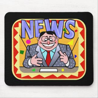 EVENING NEWS MAN MOUSE PAD