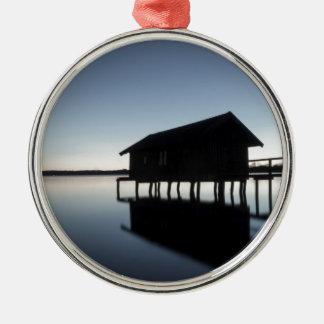 Evening tendency metal ornament