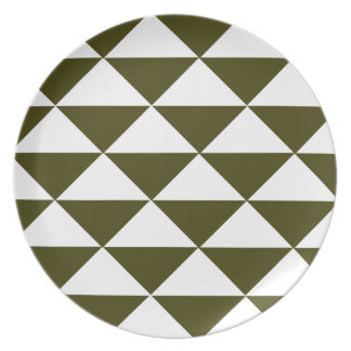 Evergreen and White Triangles Plate