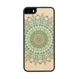 Evergreen Mandala Pattern Wood iPhone SE/5/5s Case