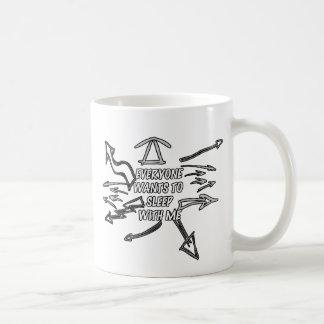 Every wants to sleep with me coffee mug