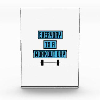 Everyday Workout Day Z852m Acrylic Award