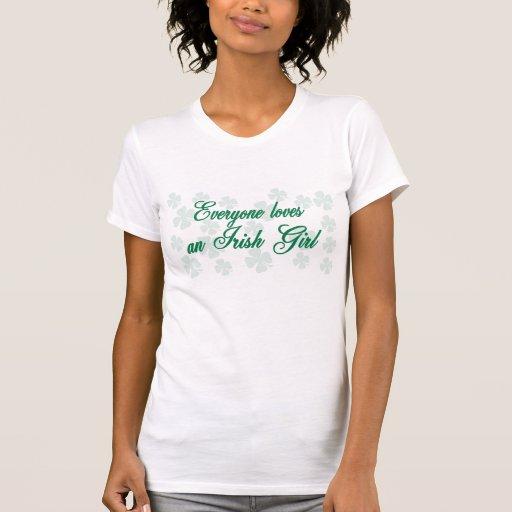 Eveyone ama una camiseta linda del chica irlandés playeras