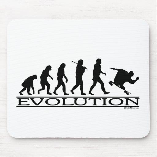 Evolución - andando en monopatín - varón alfombrillas de ratón