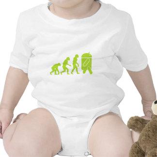 Evolución androide traje de bebé
