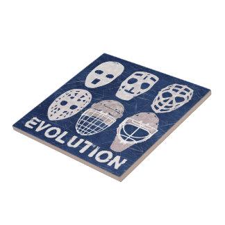 Evolución de la máscara del portero del hockey azulejo ceramica