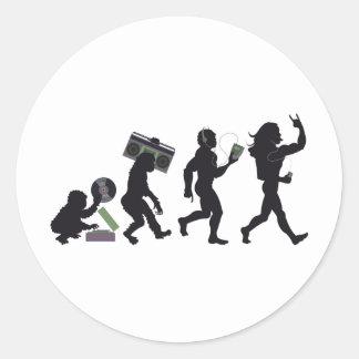 Evolución de la música pegatina redonda