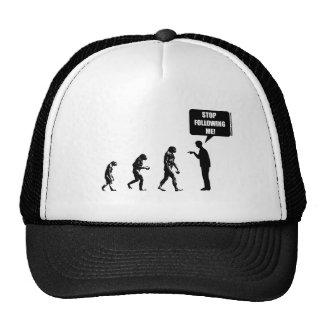 Evolución divertida del gorra del hombre