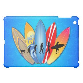 Evolución que practica surf