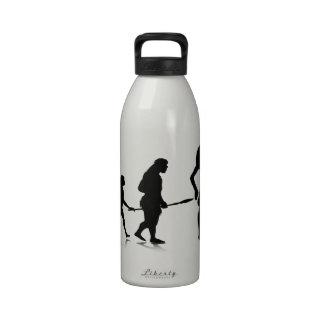 Evolution_12 humano botella de agua reutilizable