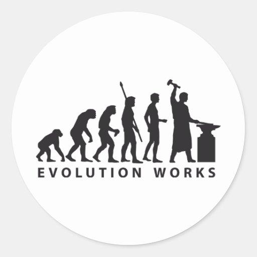 evolution blacksmith runder aufkleber