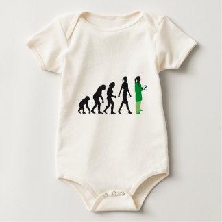 evolution of woman female doctor body de bebé