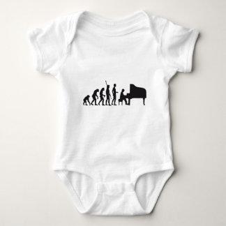 evolution piano mameluco de bebé