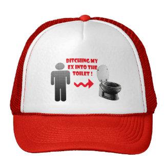 Ex novio de la desintegración divertida en el gorras
