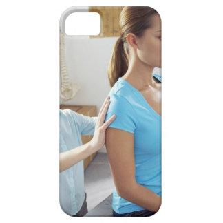 Examen de la quiropráctica de la espina dorsal funda para iPhone SE/5/5s
