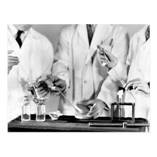 Examen del agua para las bacterias postal