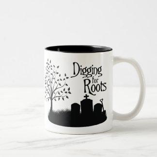 Excavación para las raíces tazas de café