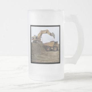 Excavator & Dump Truck 16 Oz Frosted Glass Beer Mug
