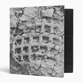 Exclusive Binder - Muddy Footstep