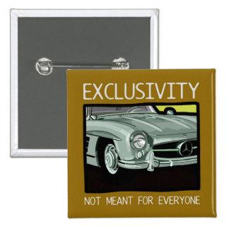 Exclusividad y riqueza - coche viejo de la obra cl pin cuadrado