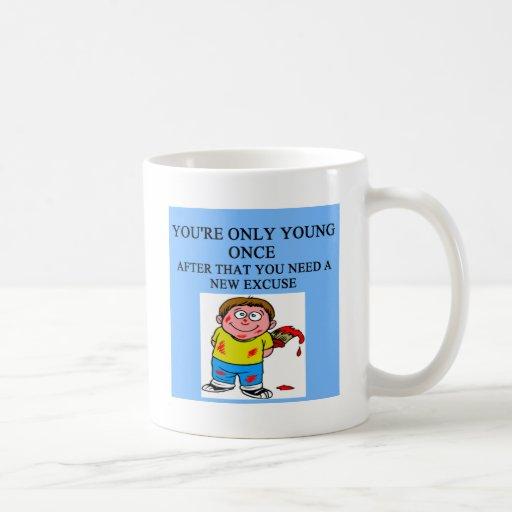 excusas jovenes taza de café