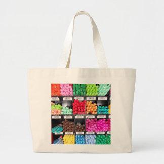 Exhibición colorida y brillante del marcador bolsas de mano