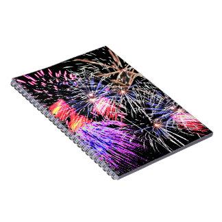 Exhibición de los fuegos artificiales cuaderno