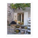 Exhibición del frente de la tienda de Provence Postales