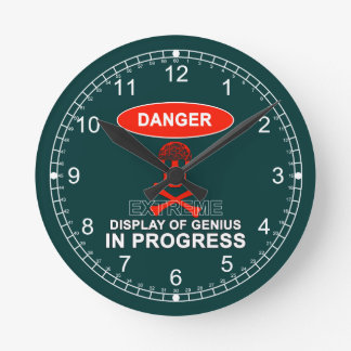 Exhibición del genio reloj redondo mediano