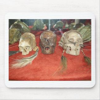 Exhibición encogida del vudú de las cabezas alfombrillas de ratones