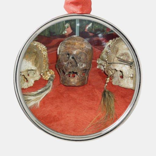 Exhibición encogida del vudú de las cabezas ornamente de reyes