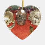 Exhibición encogida del vudú de las cabezas ornamentos de reyes magos