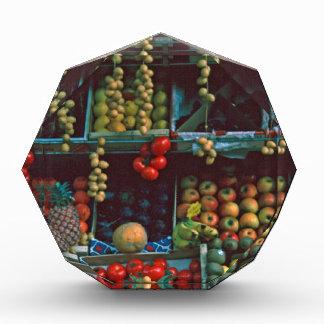 Exhibición TomWurl de la fruta del mercado de