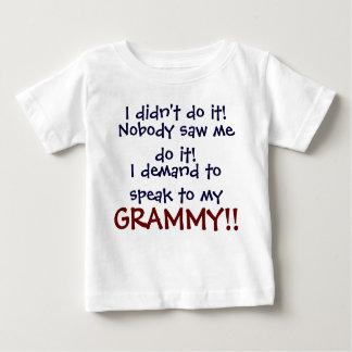 ¡Exijo hablar a mi GRAMMY! Camiseta infantil
