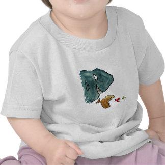 Éxito y plan de los pescados de la consumición de camisetas
