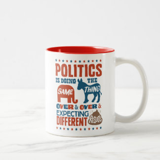 Expectativas políticas taza de café de dos colores