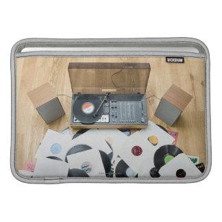 Expedientes en piso funda  MacBook