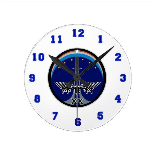 Expedition 20 round clock