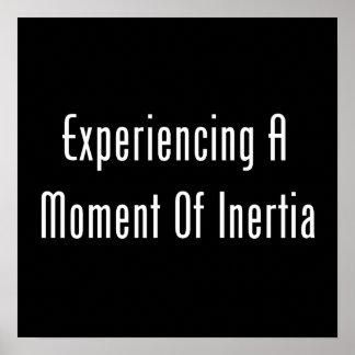 Experimentación de un momento de inercia póster