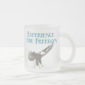 Experimente la libertad taza de cristal