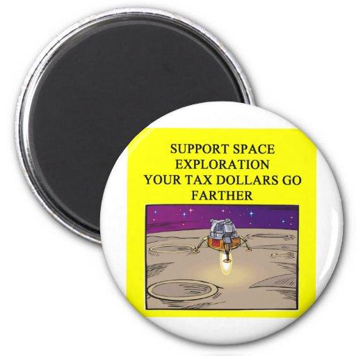 exploración espacial de la ayuda imán de frigorifico