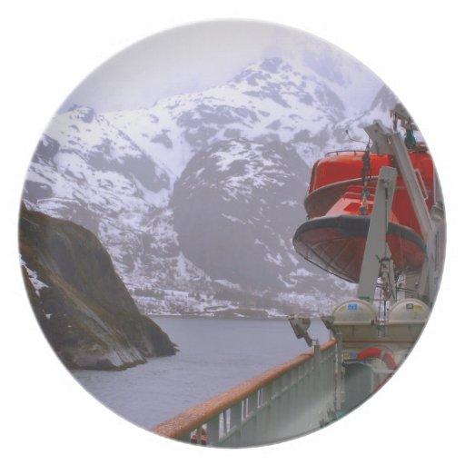 Explorador intrépido, viaje noruego plato
