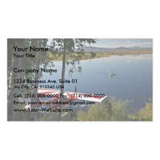 Explorador y canoa del lago Kanuti Plantillas De Tarjetas De Visita