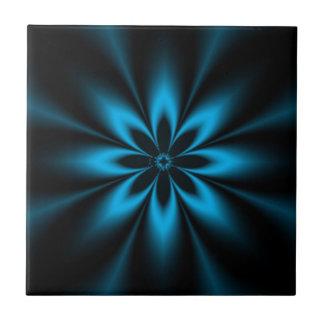 Explosión azul de la flor azulejo cuadrado pequeño