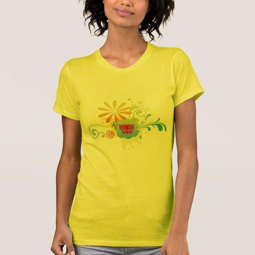 Explosión de color de la flor de Lotus Camiseta