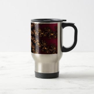 Explosión de oro del fractal que brilla intensamen tazas de café