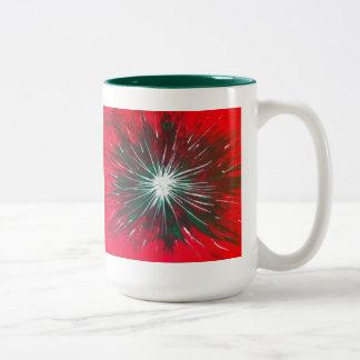 Explosión del color en su taza de café