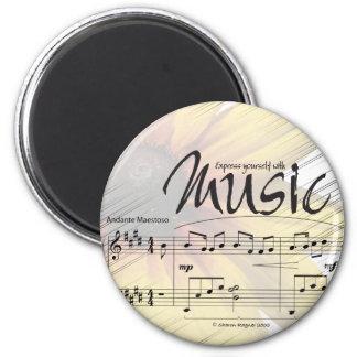 Exprésese con el imán de la música