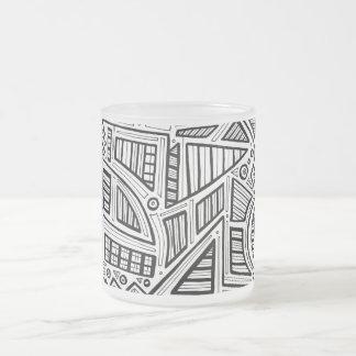 Expresión abstracta de Jeffris blanco y negro Taza Cristal Mate